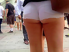 Short Shorts- Exposed ass cheeks 3